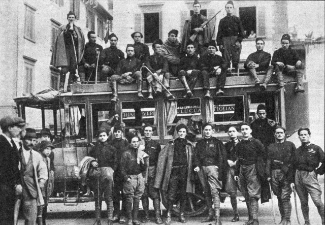 La Squadra d'azione fascista nel '22 a Lucca